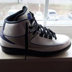 Shoes - Air Jordan Retro 2 Dark Concord